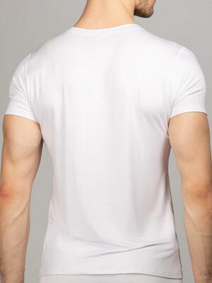 Мужская футболка белая круглый вырез