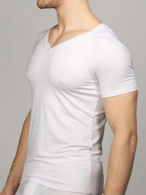 Мужская футболка белая V-вырез