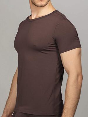 Мужская футболка шоколадная круглый вырез