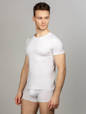 White men's underwear set round neck t-shirt and briefs
